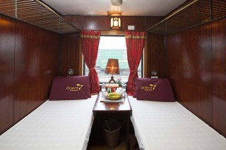 SAPA ORIENTAL EXPRESS TRAIN